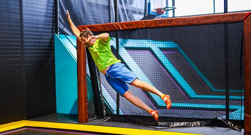 Le goal foot mélange trampoline et football à Rennes : mettez vous à la place du gardien pour arrêter le ballon